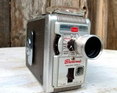 Vintage 1950's Kodak Brownie 8MM Movie Camera