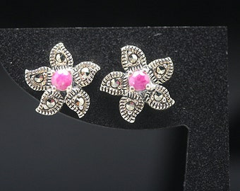 1pair(te-0043) -sterling silver earrings with marcasite and natural ruby