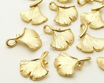 PD-795-MG / 2 Pcs - Ginkgo Leaf Charm Pendant, Matte Gold Plated over Brass / 14mm x 17mm