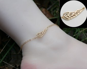 Angel Wing anklet,Gold Wing delicate anklet,Bridesmaid gifts,Everyday jewelry,Wedding bridal Jewelry,memorial anklet,summer anklet,mom gift