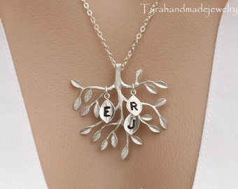 Family tree initial necklace,initialed leaf,Mother's day gift,gift for mom,mother of groom,nana,grandma jewelry,Tree of life,Monogram leaf