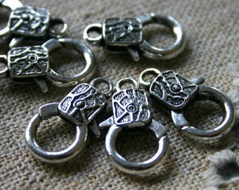 8pcs Clasp Lobster Claw Antiqued Silver Finished Pewter 20x13mm Abstract Design