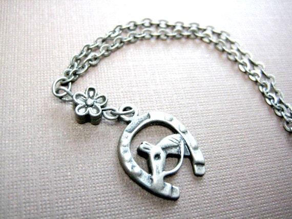 Horseshoe Necklace Silver, Horseshoe Jewelry, Horse Necklace, Lucky Necklace, Lucky Horseshoe Necklace,Dainty Necklace, Good Luck Necklace