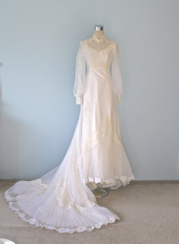 20 off sale victorian wedding dress vintage by for 1970 s style wedding dresses