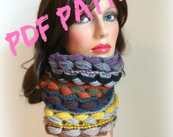 Crochet Pattern Cowl - Pdf Crochet Pattern - Digital download - women crochet cowl - beginners pattern - coloured wool cowl