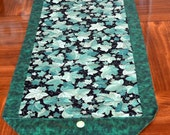 Table Runner - House Warming Gift - Handmade Gift - Green Ivy - Gift for Mom  * Second Anniversary Gift * Gift for Grandma