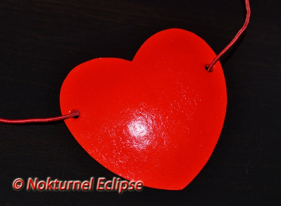 Red Heart Shaped Leather Eye Patch Alice in Wonderland Halloween Horror Gothic Dancer Performer Fantasy Costume Unisex CONCAVE SHAPE