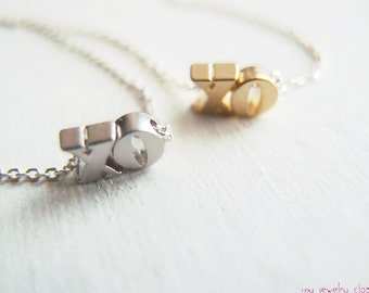 XO umarmt & küsst Halskette mit 925 Silber Kette