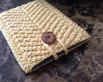 Beautiful iPad mini case, hand knitted case for iPad Mini, iPad Mini handmade case with a button. READY TO SHIP