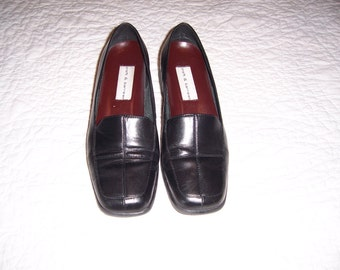 Croft & Barrow black leather loafers, by Nana's Vintage Shop on Etsy