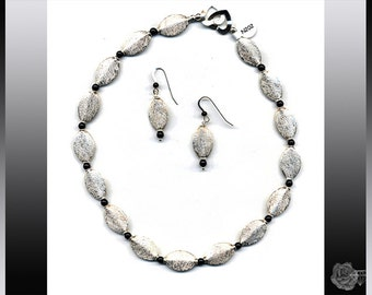 """16"""" Necklace All Sterling Silver Puffed Stardust Sterling Silver Ovals 4mm Round Black Onyx Gemstones And/Or Matching Dangle Hook Earrings"""