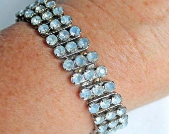 Vintage MADE IN JAPAN  Blue Givre Rhinestone Expansion Bracelet