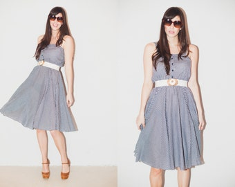 1970s Navy and White Gingham Fit and Flare A-Line Dress. M/L