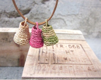 Miniature pastel baskets pendant, raffia ,crochet pendant, natural, Necklace