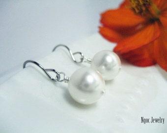 Swarovski Pearl Earrings, Dainty Round Pearl Dangle Earrings, Classic Pearl Earrings, Bridal Jewelry, Bridesmaid Gift, Simple Earrings