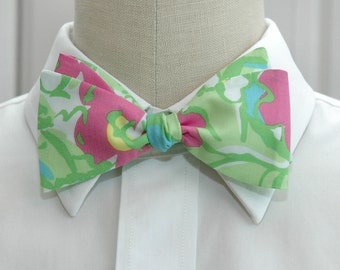 Lilly Bow Tie in pinks and greens Flower Jungle (self-tie)