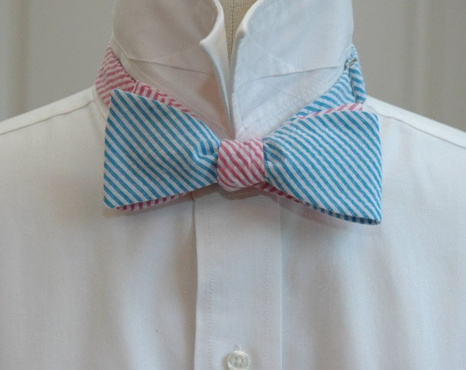Men's Reversible Bow Tie, turquoise & hot pink seersucker, wedding party tie, groom bow tie, groomsmen gift, mixer bow tie, preppy bow tie