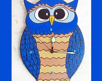 Blue Owl Wall Clock with Glow in the Dark Hands