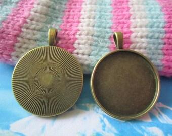 10pcs  32mm antiqued bronze round bezel pendant blanks
