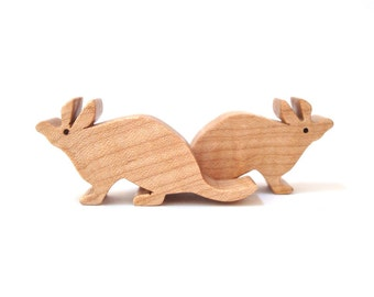 Aardvark Wooden Waldorf Toys Miniature Noah's Ark Animals Zoo Play Set Hand Cut Scroll Saw
