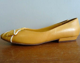 80s Yellow Flats - Marigold and White - Piatto Shoes - Vintage 1980s - 6 6B