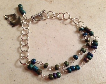 Silver Bracelet - Seed Bead Jewelry - Purple Green Blue Jewellery - Wire Wrapped - Iridescent