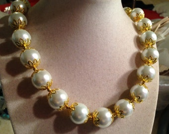 White Pearl Necklace - Wedding Jewellery - June Birthstone - Gold Jewelry - Glam - Fashion - Bride - Beaded - Chunky