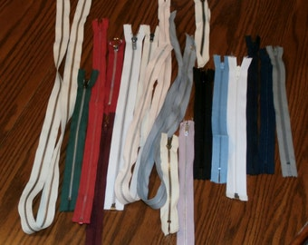 "Lot 18 Vintage Metal and Nylon Unused 6"" to 41"" Zippers in Various Colors"