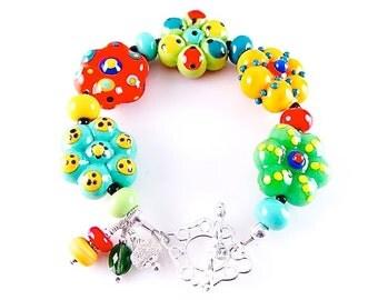 Red Glass Bead Bracelet, Flower Lampwork Bracelet, Colorful Pretty Fun Bracelet, Yellow Green Summer Bracelet, Floral Beadwork Bracelet