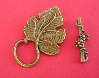 Toggle Clasp Leaf Shape Antiqued Bronze (5 Sets)