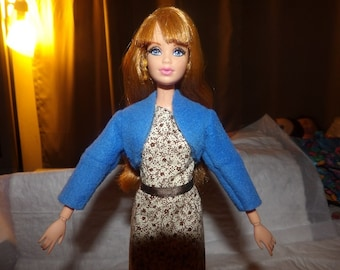 Fashion Doll Coordiates - Bright blue Fleece shrug jacket for Barbie Dolls - es304