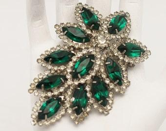 Vintage Emerald Green Necklace Pendant