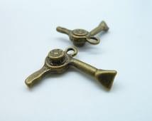 20pcs 19x20mm Antique Bronze  Mini Hair Dryer Hairdryer Charms Pendant c384