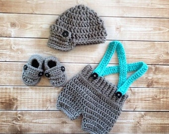 Oliver Newsboy Cap with Crochet Baby Shorts/Pants and Matching Booties in Gray and Teal Available in Newborn to 6 Month Size- MADE TO ORDER