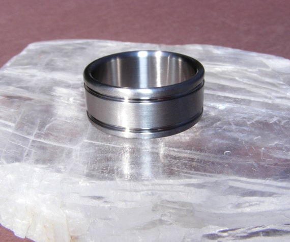 Abyss Bands: Items Similar To Titanium Abyss Band Ring On Etsy