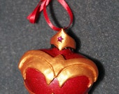 Justice League Wonder Woman Heart Ornament