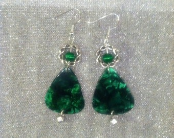 Celtic Guitar Pick earrings with green catseye.