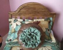 1:6 Bed & Dresser Set for Barbie. Free Table