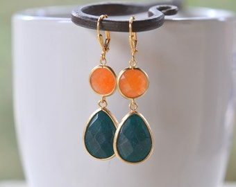 Dark Green and Orange Jewel Dangle Teadrop Earrings in Gold.  Fashion Teardrop Jewel Earrings. Jewelry Gift. Dangle. Drop. Modern Jewelry.