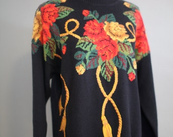 Roses turn Gold Sweater