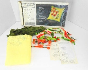 Vintage Lee Wards poppy crewel pillow kit 1970 Lee Wards embroidery kit pillow kit catalog number 35 06391