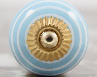 Light blue ceramic knob with white stripes 3.8cm BLU033