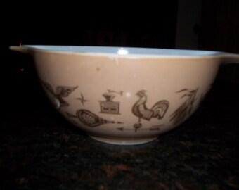 Americana, Pyrex#442, 1 1/2Quart/ 1.5 Liter,Cinderella  Mixing Bowl
