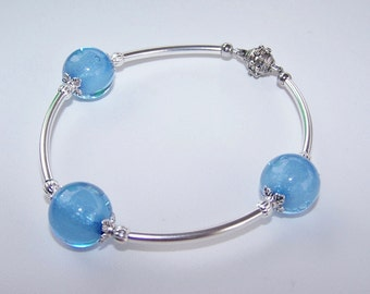 Blue and silver beaded macaroni noodle magnetic bracelet