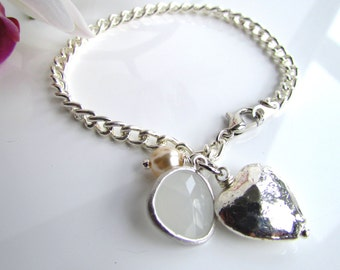 Silver Hammered Heart White Quartz Stone Pendant Charm Bracelet