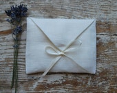 Linen favor / gift  envelope style bags.  Set of 100. Size : 4 1/2 inch (11cm )W x 3 1/2 inch (8.5 cm )H