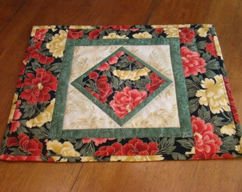 Set of six Lotus flower quilted placemats