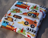 """8"""" x 8"""" Insulated & Zippered Reusable Sandwich Bag with Separate Pocket for Included Cool Pack"""