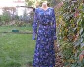 Long  Dress Vintage/ Maxi / Size EUR44 / UK16 / Hippie / Boho / Violet / Blue / Dark Turquoise / White / All Lining