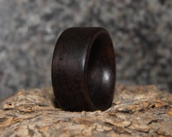 Rosewood ring - Size 6 1/4